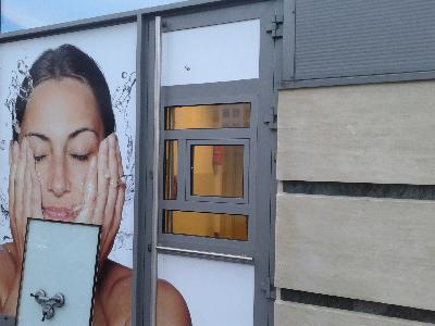 Montaż, wymiana i serwis ścianek, drzwi i witryn ślusarki aluminiowo-szklanej